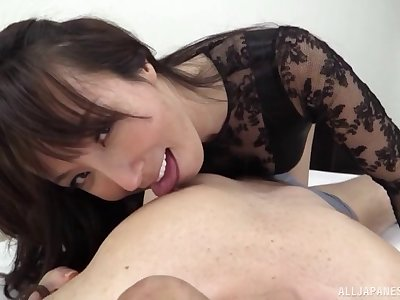 Nasty Japanese wife Reiko Sawamura loves the fate of his ass and bosh