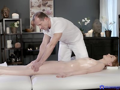 Full intensity on top be beneficial to the masseur's horseshit in scenes be beneficial to flawless riding