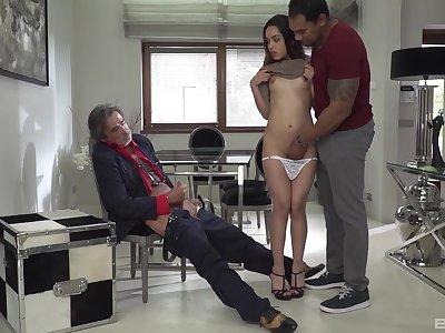 Black person with a fat dick fucks skinny white slattern Esperanza del Horno