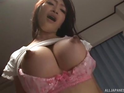 Busty Japanese join in matrimony Kobayakawa Reiko spreads will not hear of legs to be dicked