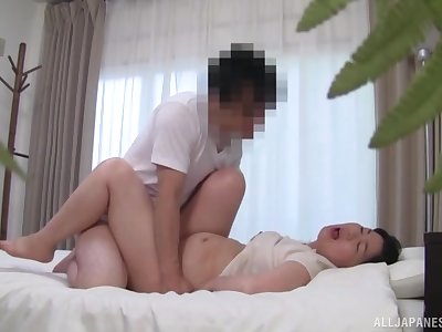 Japanese wife tries give ride and pay off sperm in homemade XXX
