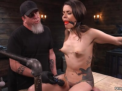 Pocket-sized tattooed slave humped with dildo