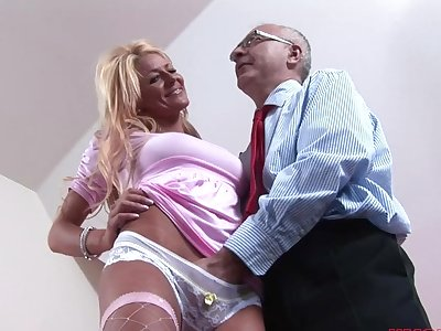 Seductive blonde girl Tia enjoys getting fucked by an senior man