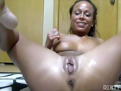 Naked Cissified Bodybuilder Masturbates increased by Squirts