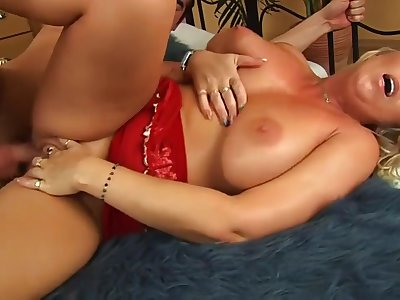 A- Xxx Peel Milf Incredible Only For You