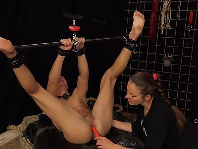 Anal extreme for a man obedient to his female master