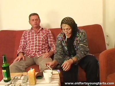 Old couple loves to have sex there young amateurs like sexy Zdenka B